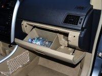 空间座椅北汽E150 EV手套箱
