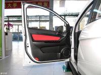 空间座椅北汽EX260驾驶位车门