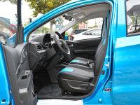 空间座椅北汽EC200前排空间