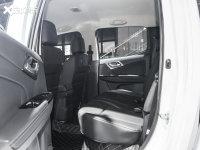 空間座椅D-MAX后排空間