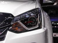 細節外觀D-MAX頭燈