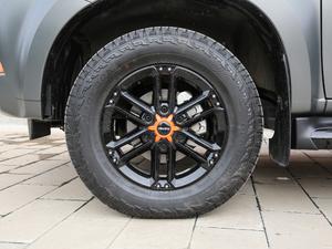 2018款1.9T 四驱 自动X-POWER版 7座 轮胎