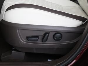 2018款2.0T 四驱豪华版 座椅调节