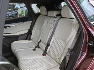 2018款2.0T 四驱豪华版 后排座椅