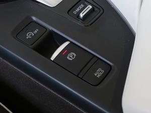 2018款2.0T 四驱豪华版 驻车制动器