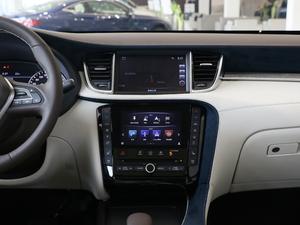 2018款2.0T 四驱豪华版 中控台