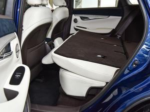 2018款2.0T 四驱旗舰版 后排座椅放倒