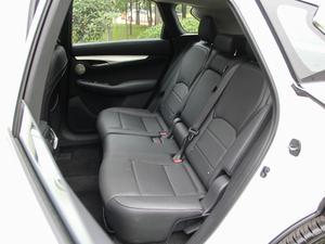 2018款2.0T 四驱菁英版 后排座椅