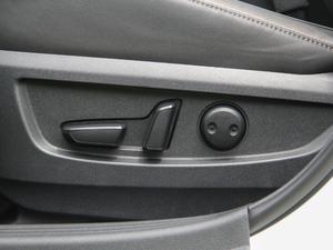 2018款2.0T 四驱菁英版 座椅调节