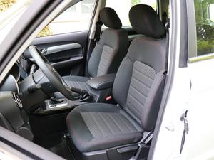 2018款1.6L CVT智享版 前排座椅