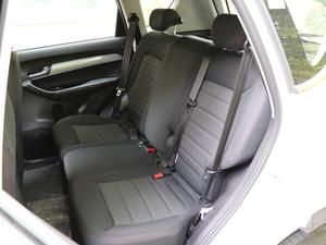 2018款1.6L CVT智享版 后排座椅