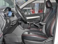 空间座椅凯翼V3前排空间