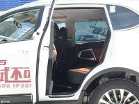 空间座椅凯翼X5后排空间