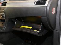 空间座椅iEV230手套箱