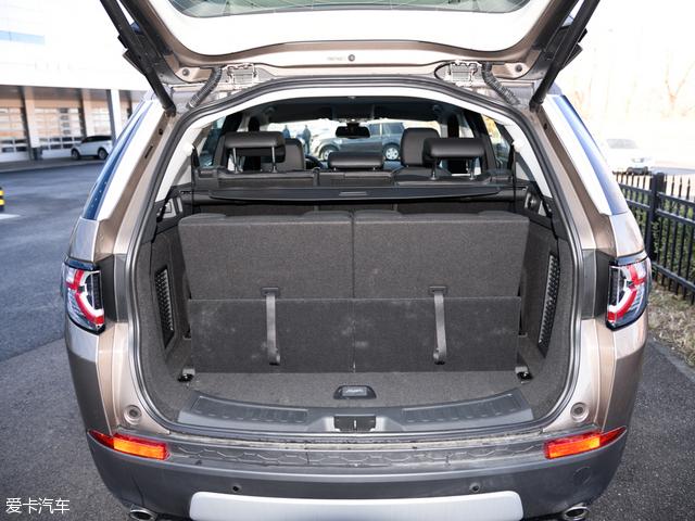 奇瑞捷豹路虎发现神行:发现神行是四款车中d的七座车型.当三排高清图片