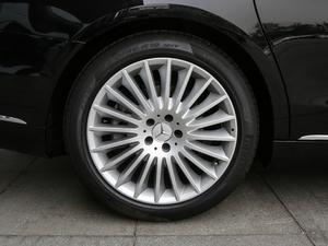 2019款S 450 4MATIC 轮胎