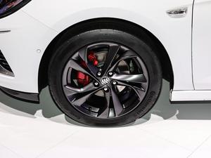 2019款两厢GS 20T 双离合豪华型 轮胎