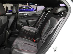 2019款两厢GS 20T 双离合豪华型 后排座椅
