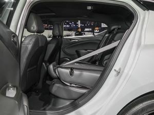 2019款两厢GS 20T 双离合豪华型 后排座椅放倒
