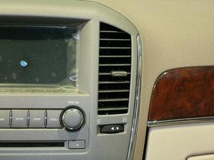 2010款3.0L 豪华版 空调出风口