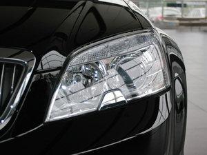 2010款3.0L 豪华版 头灯