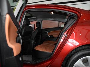 2015款1.6T 精英技术型 后排空间