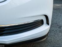 细节外观别克GL8 ES豪华商旅车雾灯