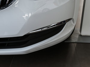 2017款15N 手动精英型 雾灯