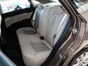 2017款15N 自动进取型 后排座椅