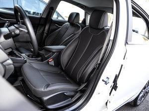 2017款15N 自动豪华型 前排座椅