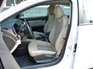 2017款15N 自动进取型 前排座椅
