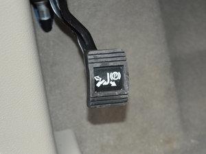 2017款25S 豪华型 驻车制动器