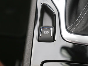 2017款28T 尊贵型 驻车制动器