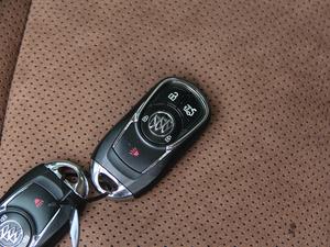 2017款28T 尊贵型 钥匙