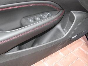 2017款28T 尊贵型 车门储物空间