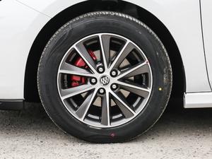 2018款20T 双离合进取型 轮胎