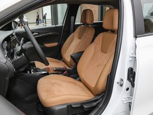 2018款15N CVT豪华型 前排座椅