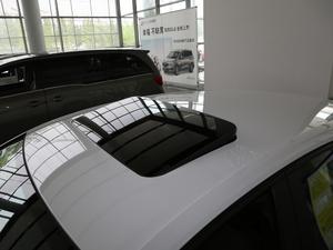 2018款两厢 15S 自动领先型 车顶