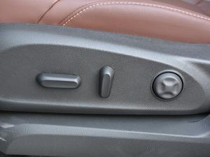 2018款28T 四驱精英型 座椅调节
