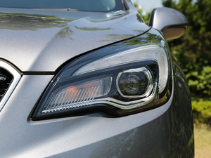 2018款28T 四驱全能运动旗舰型 头灯