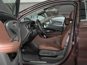 2018款28T 四驱豪华型 前排空间