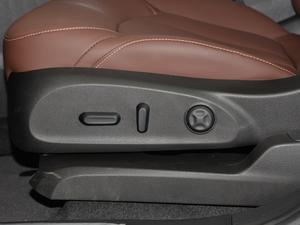 2018款28T 四驱豪华型 座椅调节