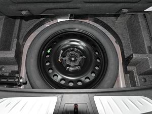 2018款28T 四驱豪华型 备胎