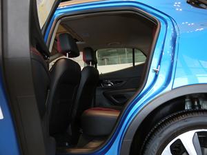 2018款18T 自动四驱全能旗舰型 后排空间