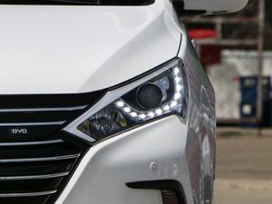 2018款EV450 智联锋尚型 头灯