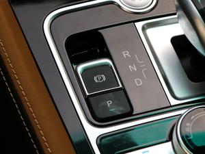 2018款EV450 智联锋尚型 驻车制动器