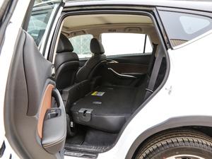 2018款EV400 智联进享型 后排座椅放倒