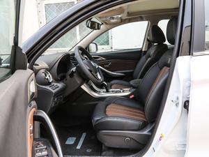 2018款EV400 智联进享型 前排空间