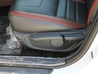 空间座椅速锐座椅调节