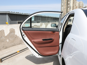 2018款1.5L 手动经典型 后车门